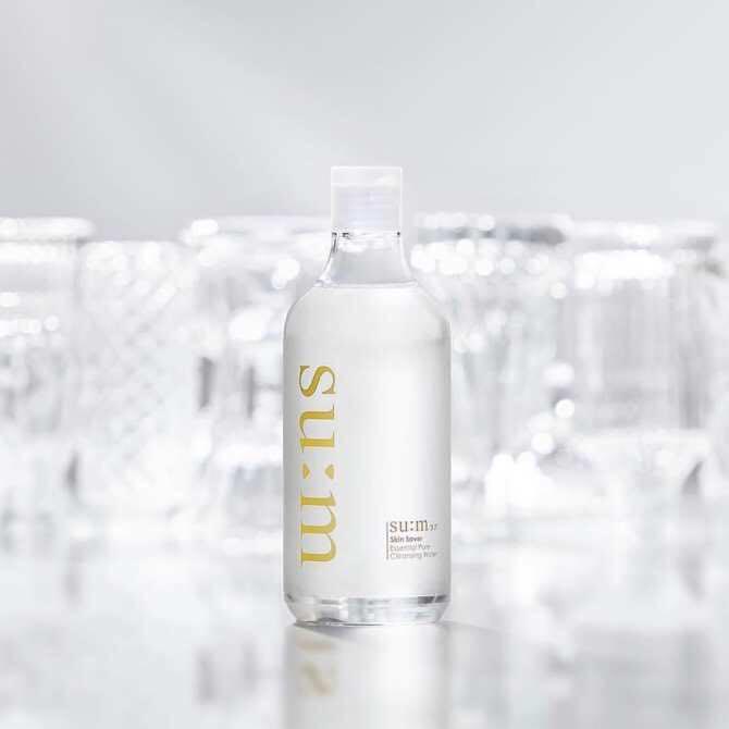 Su:m37 Skin Saver Essential Cleansing Water Nước tẩy trang 3 trong 1.