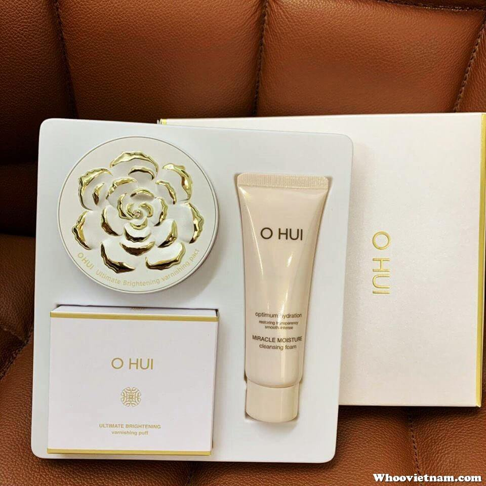 Bộ phấn phủ Ohui Ultimate Brightening Varnishing Pact Special Set