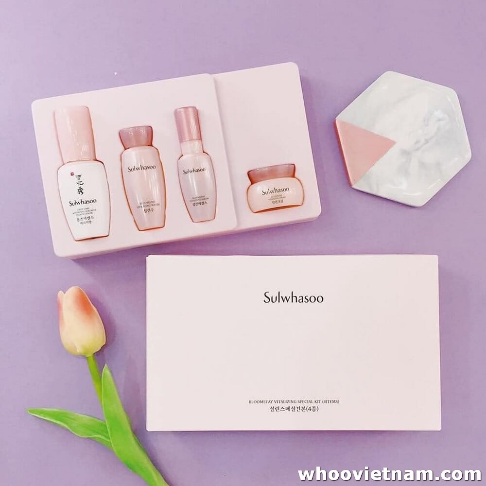 Bộ sản phẩm Sulwhasoo Bloomstay Vitalizing Special Kit dưỡng ẩm da
