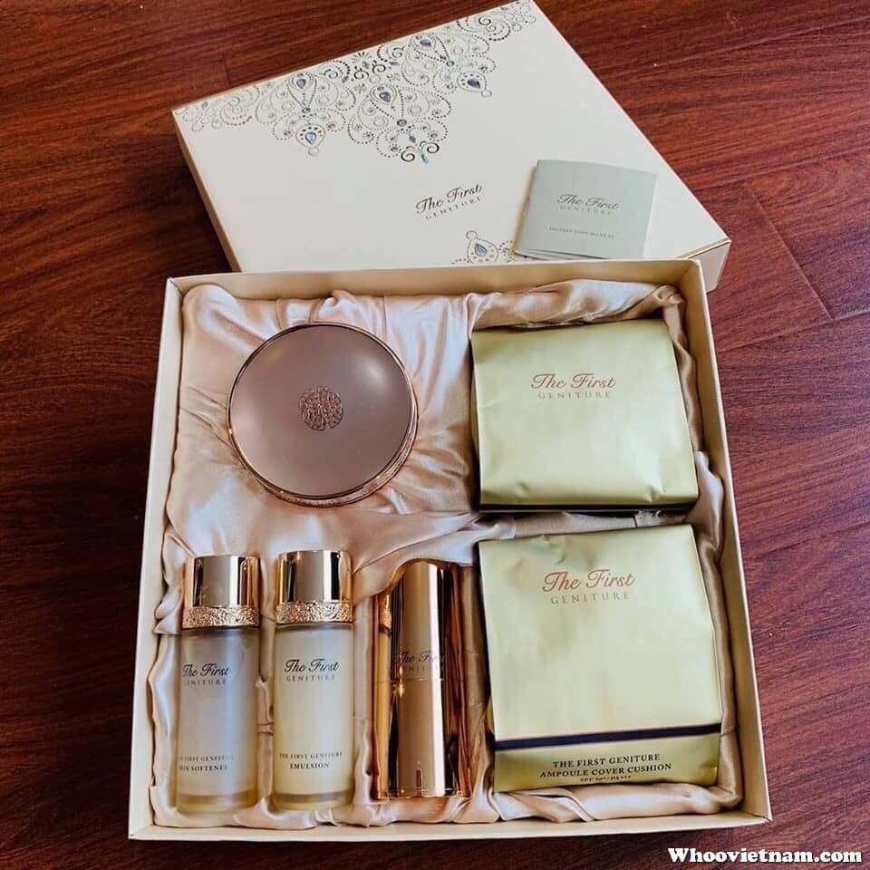 Bộ phấn nước Ohui The First Geniture Ampoule Cover Cushion Special Set 2019.