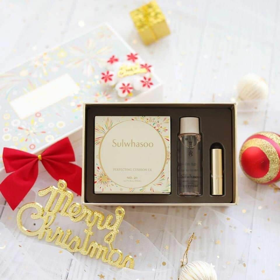 Phấn nước Sulwhasoo Celebration Of Festives Holiday Collection Perfecting Cushion EX